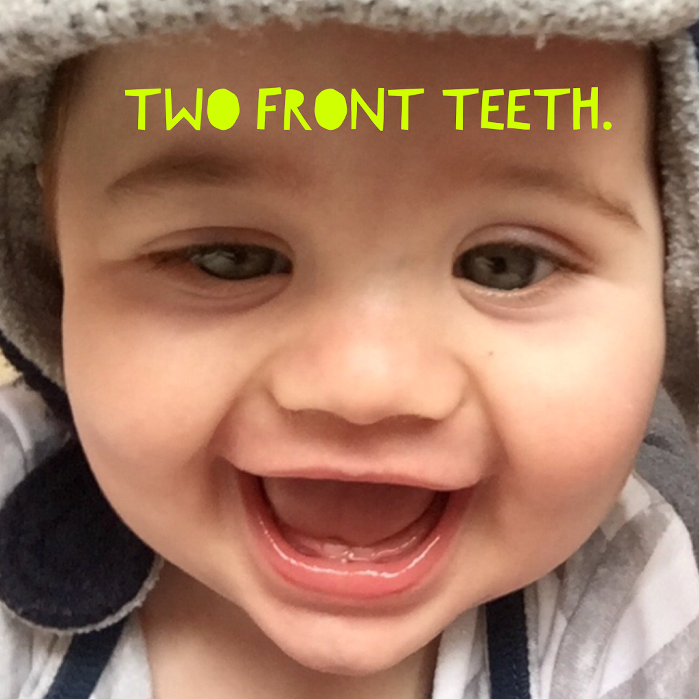 teething first two front teeth