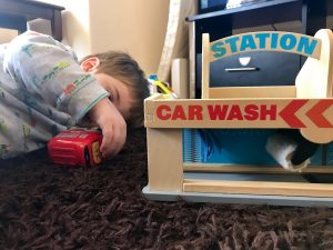 Melissa and Doug service station car wash