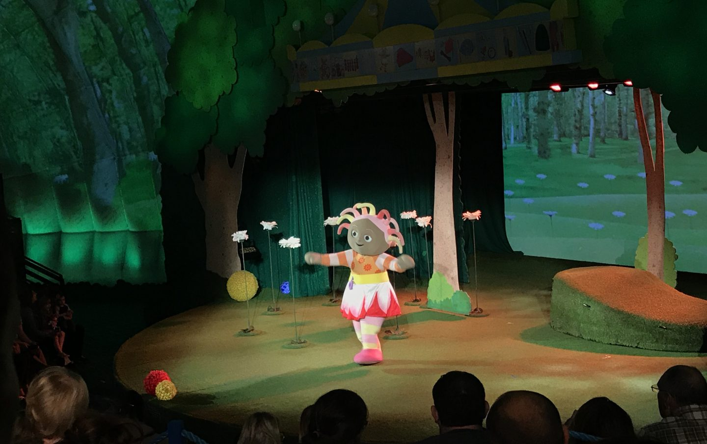 Upsy Daisy in the Night Garden Live